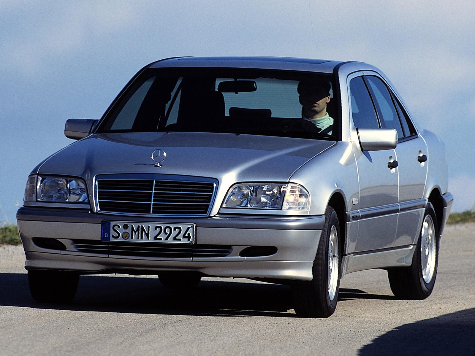 Deutschland und die deutschen mercedes for Mercedes benz c class w202
